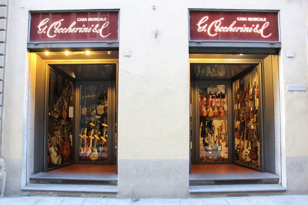 フィレンツェの楽器店「G.Ceccherini & c.」