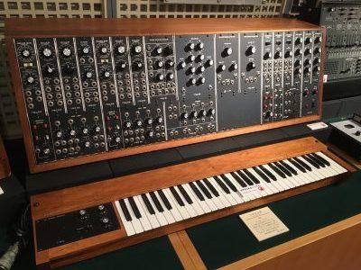 MOOG SYSTEM 35(浜松市楽器博物館)