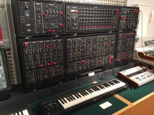 Roland System-700(浜松楽器博物館)
