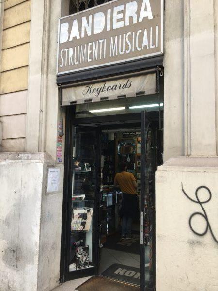 BANDIERA Strumenti Musicali KEYBOARDS ~イタリア・ローマ