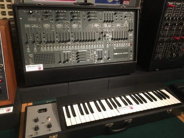 ARP 2600(浜松市楽器博物館)